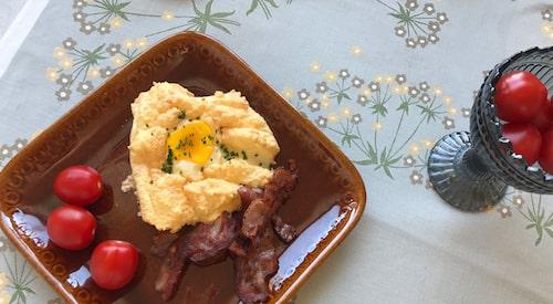 Recept och film på hur du gör egg in a cloud. En perfekt frukost- eller brunchrätt som du kan variera efter smak!