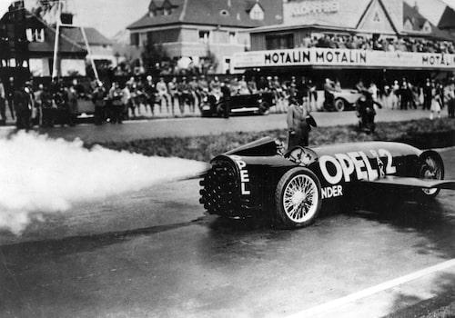Opel RAK 2 startar