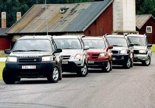 Mitsubishi Outlander, Honda CR-V, Hyundai Santa Fé V6, Land Rover Freelander och Suzuki Grand Vitara 2,0