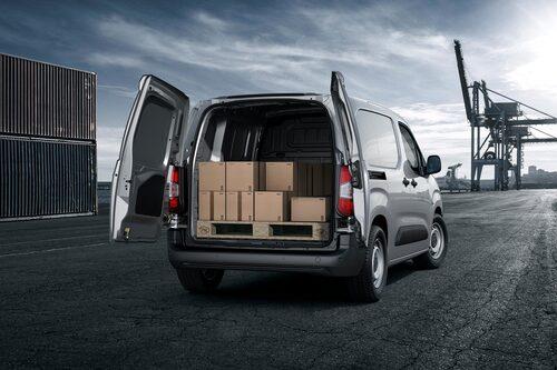 Nya Peugeot Partner lasta upp till ett ton.