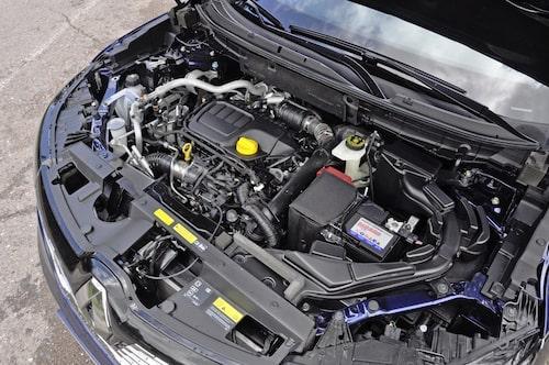 Renault räknar med att sälja 400 Koleos i Sverige, främst av versionen med 175 hästkrafter, automatlåda och fyrhjulsdrift. Pris 309 900 kronor.