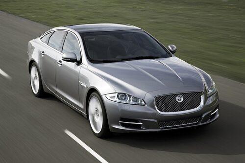 9 juli. I dag presenterar Jaguar en helt ny generation XJ som inte är i närheten av tidigare generationer utseendemässigt.