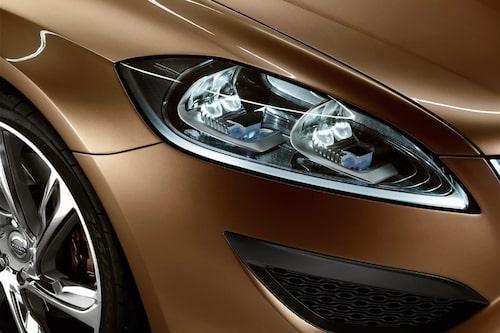 5 mars. Volvo bekräftar att kommande V60 ska byggas i Torslanda, inte i Belgien.