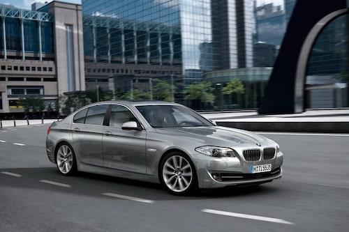 23 november. Nya BMW 5-serie gör entré och förpassar förra generationen, E60, till historien.
