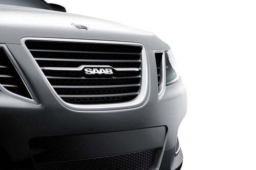21 april. GM uppges vara redo att skänka bort både Saab och Opel för att lindra de blödande pengahålen. Detta visar sig dock i efterhand inte alls stämma överens med verkligheten.