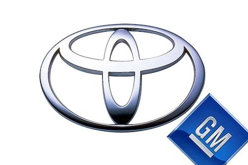 21 januari. Toyota är nu största biltillverkaren i världen efter att ha förpassat GM till andraplatsen. GM som lagt beslag på förstaplatsen under de 77 senaste åren.