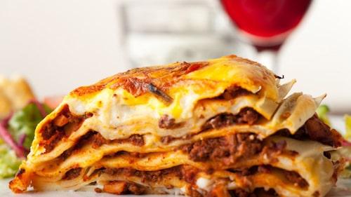 God lasagne med aubergine och köttfärs