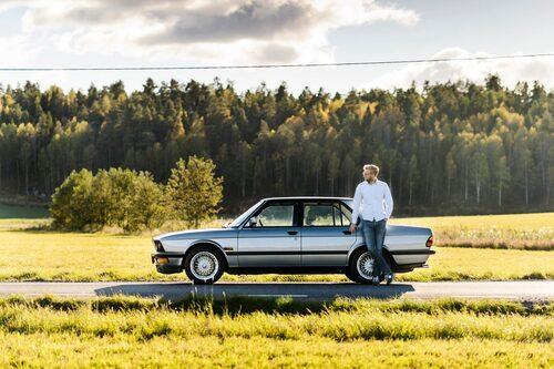 Erik Wedberg suktar i fjärran efter Autobahn. Men han får nöja sig med gamla E4.