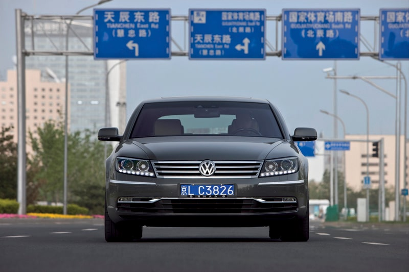 100621-vw-phaeton-kina-usa