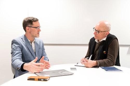 "Sven Borén doktorerade i oktober 2018 på avhandlingen ""Towards sustainable personal mobility with electric cars and buses"" vid Blekinge Tekniska Högskola."