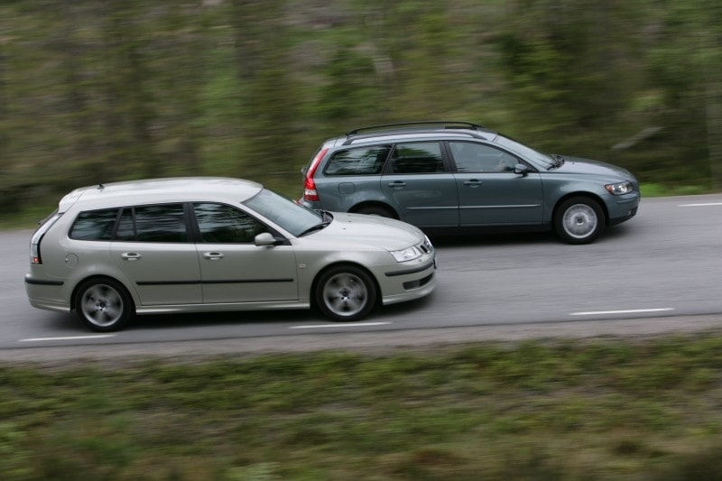 Saab 9-3 SportCombi Aero och Volvo V50 T5 AWD