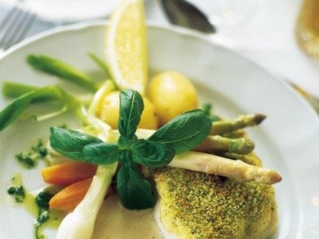 Gädda, sprödbakad med kall senapssås och örtolja