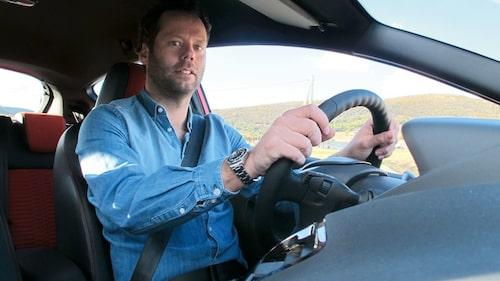 Vår utsände Daniel Frodin trivs bakom ratten i nya Fiesta ST.