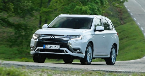 Laddhybridtekniken i Mitsubishi Outlander Plug-in Hybrid överförs till nästa generation Nissan Qashqai.