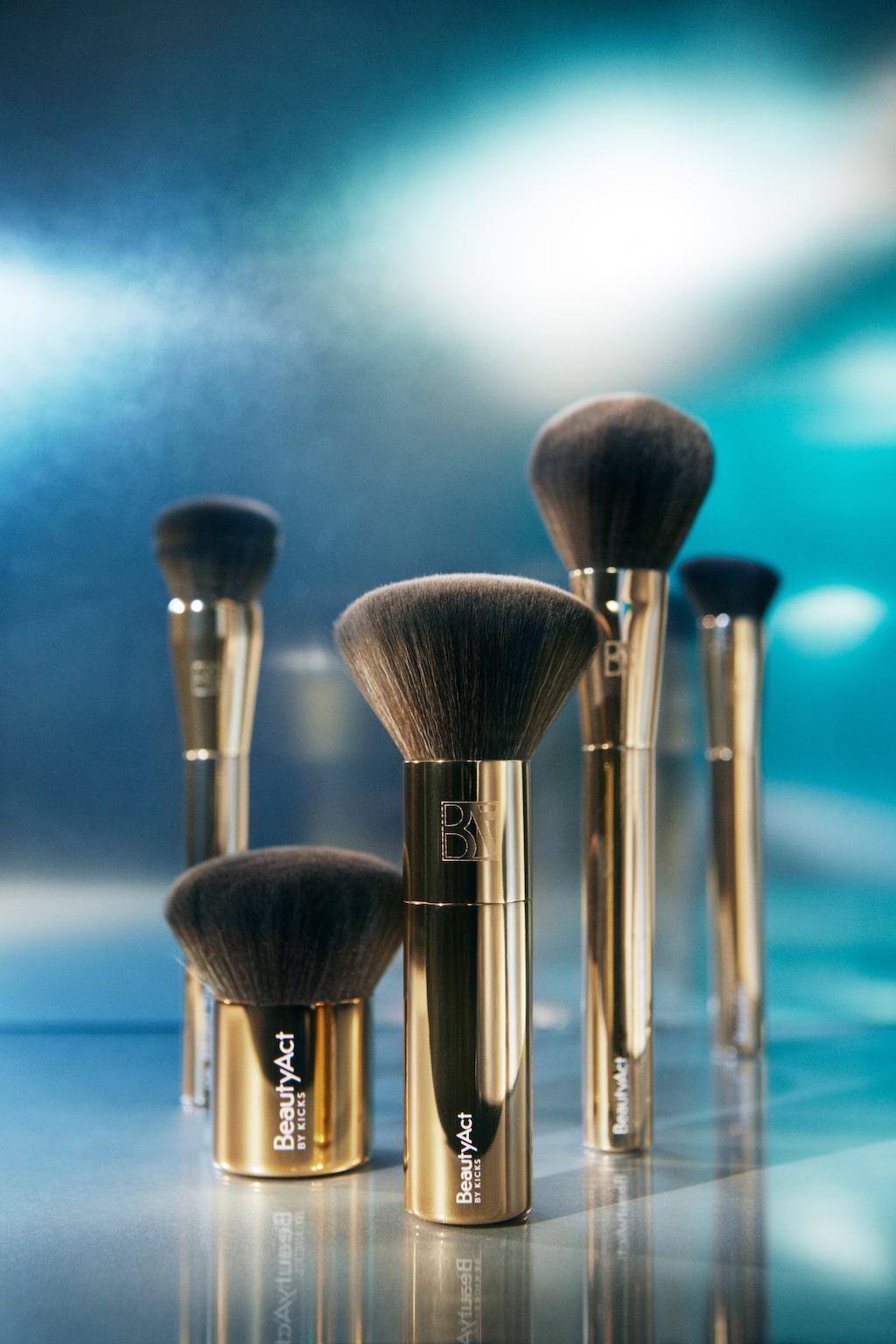 Sminkborstar från BeautyAct.