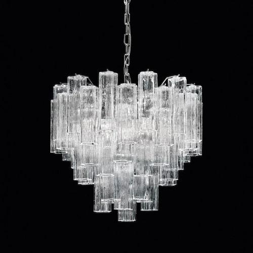 Taklampa av klart Muranoglas 16 968 kr, lampa24.se.