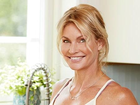 Frida Lindström är PT, kostrådgivare, yogalärare och livsstilscoach. Hon brinner för att inspirera till ett aktivt och hälsosamt liv.   Vill du ställa en fråga om kost eller träning? Mejla till: fråga.ptn@amelia.se