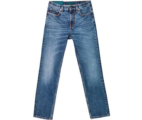 Jeans från Self Cinema. Klicka på bilden och kom direkt till jeansen.