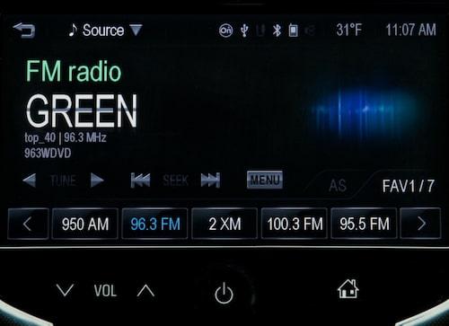 MyLink: Lyssna på radio
