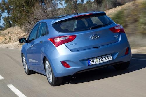 Hyundai i30 är inte för den som söker spänning i sitt bilval utan en trygg kamrat på vägen och samtidigt ett riskfritt köp.