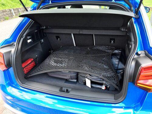 Bagageutrymmet rymmer mindre än 405 liter om bilen är fyrhjulsdriven.