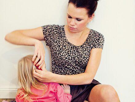 """Engla: """"Jag älskar att vara mamma"""""""