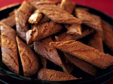 Ingefärskakor -  lätta att baka i god tid före jul och bra att frysa in.
