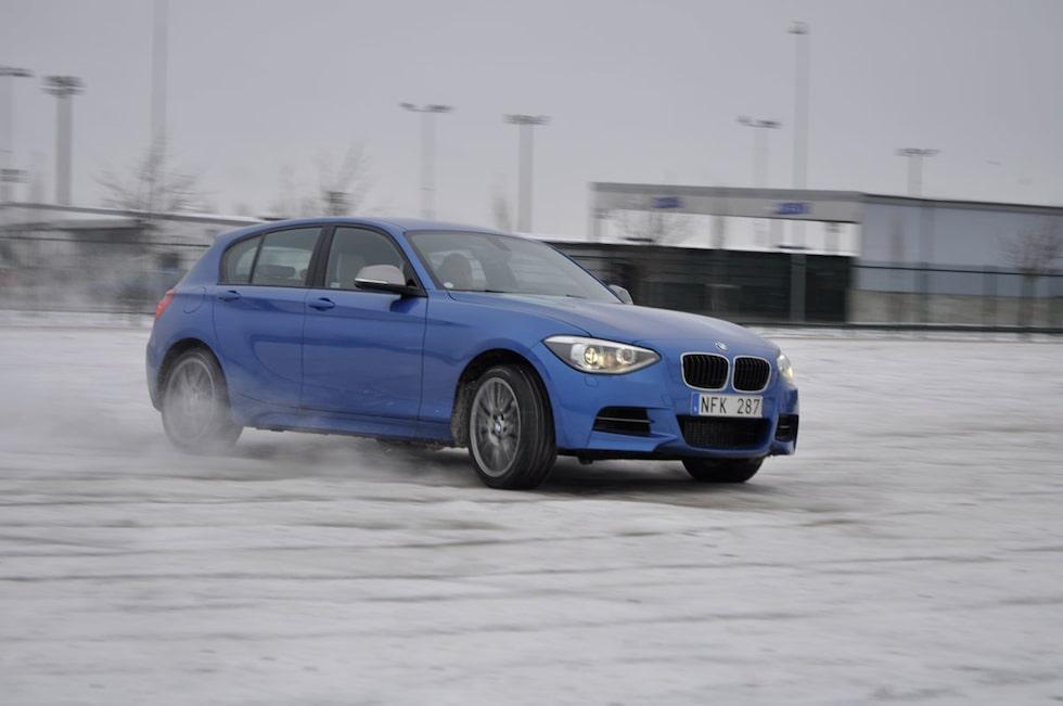 Sladdkalas är något som BMW M135i xDrive inte tackar nej till.