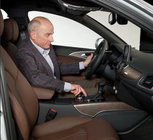 Teknikens Världs Mikael Stjerna har redan varit och klämt på nya Audi A6. Mer om vad han tycker om bilen kan du läsa i Teknikens Värld nr 26/2010 som finns i butik 9 december.