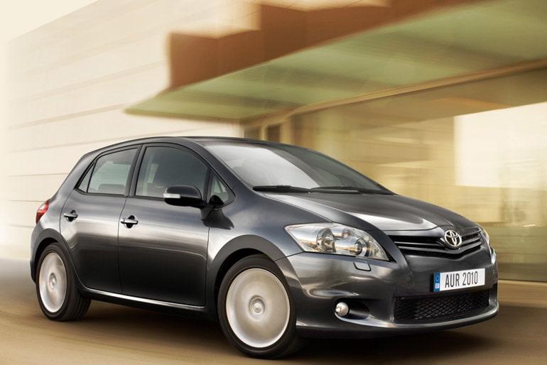 100223-Toyota auris 2010