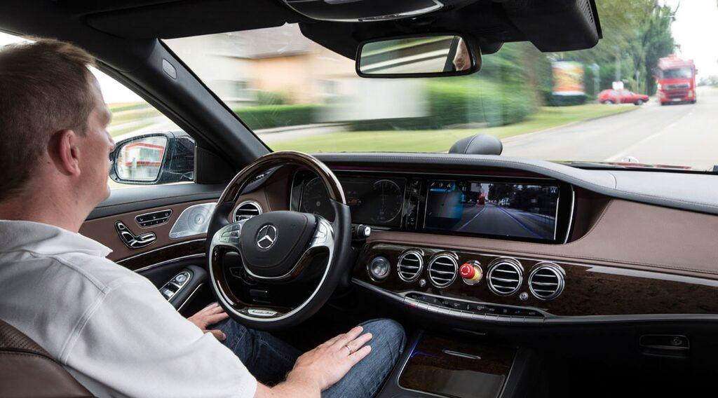 Mercedes S 500 Intelligent Drive