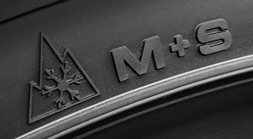 Däck med denna märkning avråder vi starkt från att du köper och monterar på din bil.