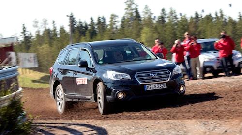 Teknikens Värld testade exklusivt nuvarande Subaru Outback redan innan presentationen av bilen, ett halvår innan själva marknadslanseringen.