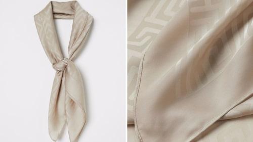 Jaquardvävd satinscarf från H&M.