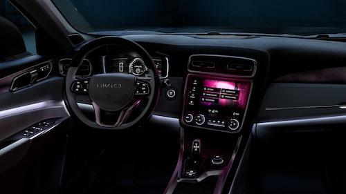 Spana in mätarhusets instrumentering, Volvo så det skriker om det.