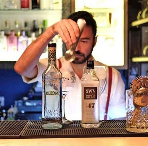 Lisbonita Gin Bar på Taberna Moderna över över 80 sorters gin på menyn. Foto: Tabernamoderna
