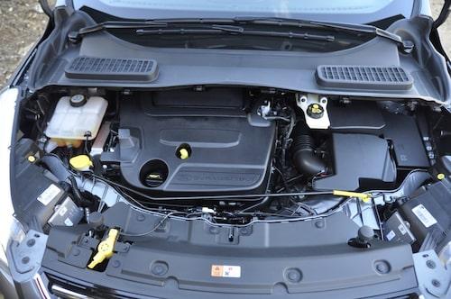 Tvåliters diesel på 140 eller 163 hästkrafter, eller 1,6-liters bensinare med turbo på 150 eller 180 hästkrafter är alternativen.