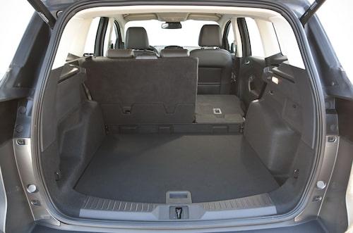 Större bagageutrymme, nu  456 liter, men endast 40/60-delning av baksätesryggen.