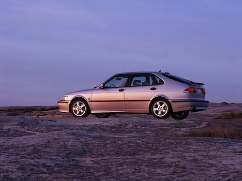 Plats 8: Saab 9-3, 310 filmer.