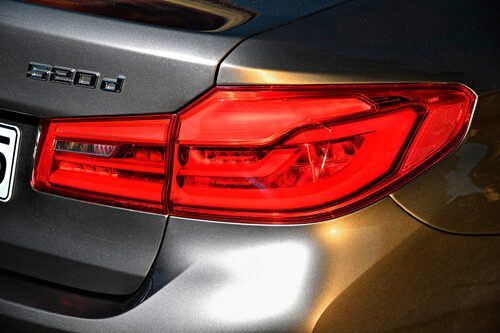 Designen är en mild evolution av BMW:s inarbetade formspråk.