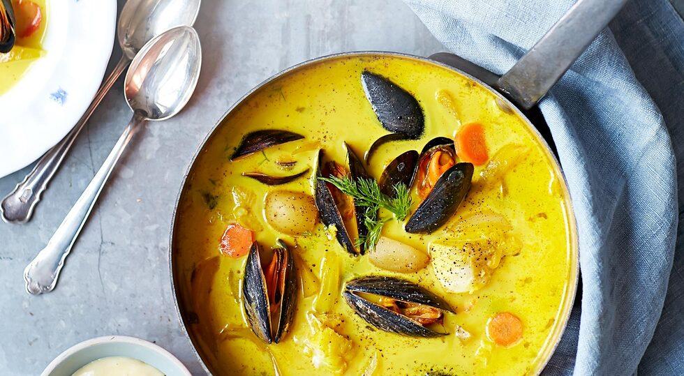 Fisksoppa med saffran och blåmusslor
