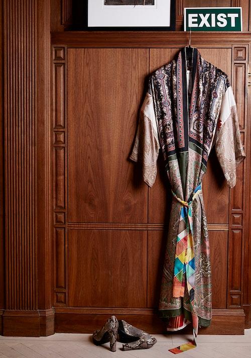 """""""Kimono från Ewa Larsson och skor från Rizzo."""""""