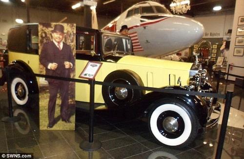 Rolls Royce Sedanca de Ville från Goldfinger.