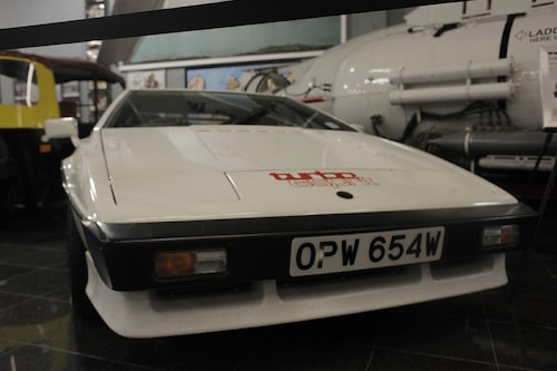 Lotus Esprit Turbo från For Your Eyes Only.