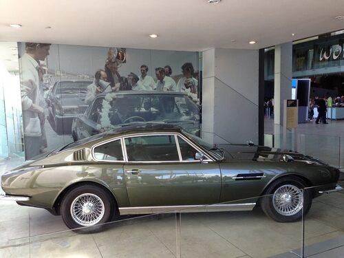 Aston Martin DBS 1967-1972.