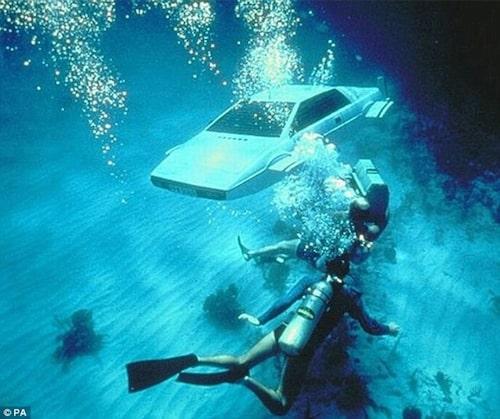 Ubåtsversionen av Lotus Esprit S1 från The Spy Who Loved Me.