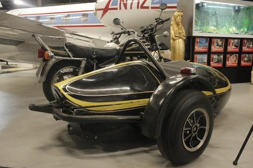 Kawasaki Z900 med sidovagn från The Spy Who Loved Me.