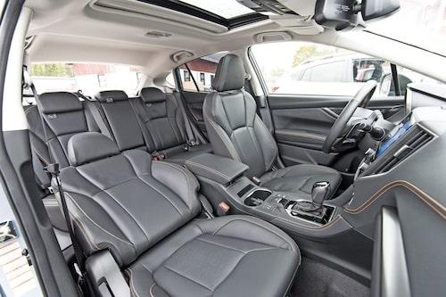 Provkörningsbilen har högsta utrustningsivån, Summit. Priset ligger då på 329 900 kr.