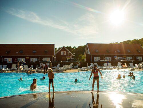 Inget för badkrukor? Apelviken i Halland erbjuder flera   vattenaktiviteter.