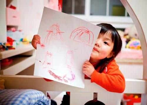 Att barnet är ledset vid lämning behöver inte betyda att det är dåligt på förskolan.